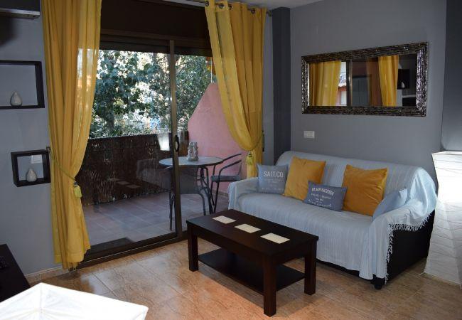 Apartamento en Empuriabrava - Apartamento, cerca de la playa con piscina comunitaria-351
