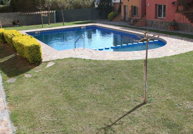 House in Empuriabrava - Nice house near beach with community pool-252