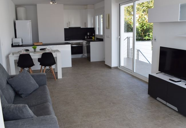 House in Empuriabrava - Beautiful modern house with private swimming pool-382