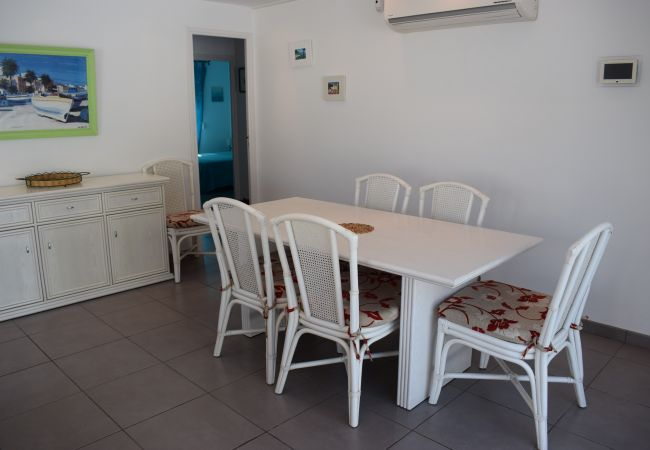 House in Empuriabrava - Beautiful house with private pool and close to downtown-333